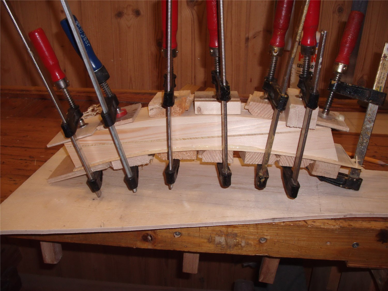 Гнутые балки из клееного бруса